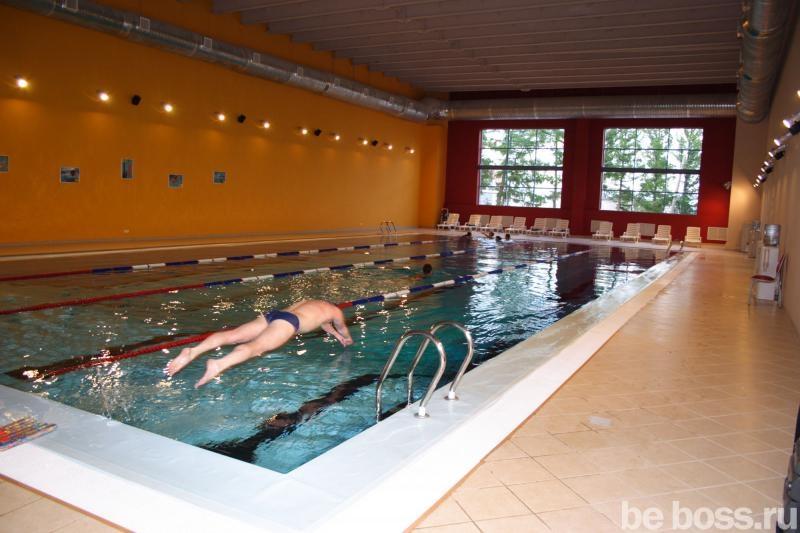 Фото Фитнес-клуб Gold`s Gym (Голдс Гум) - Плавательный бассейн.
