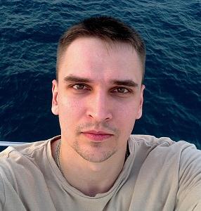 Артем Грицаенко