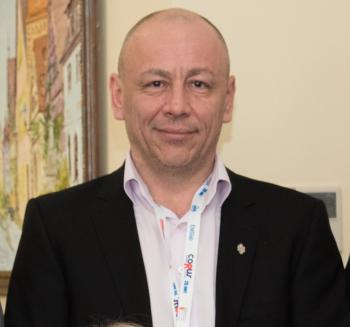 Артур Мазитович