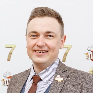 Олег Россохин