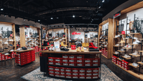 Немецкий обувной бренд теперь в Таганроге: новый магазин S.Oliver открылся в историческом центре города