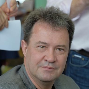Александр Васенёв