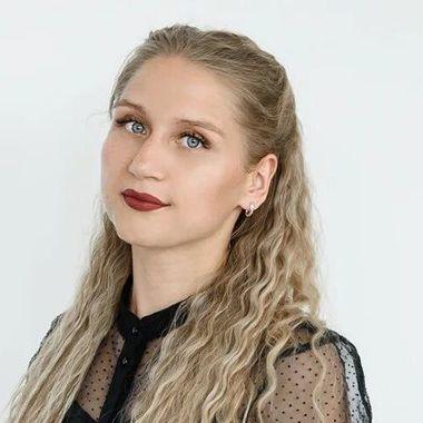 Анастасия Сентемова