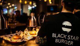 Франшиза Black Star Burger от 2 млн рублей